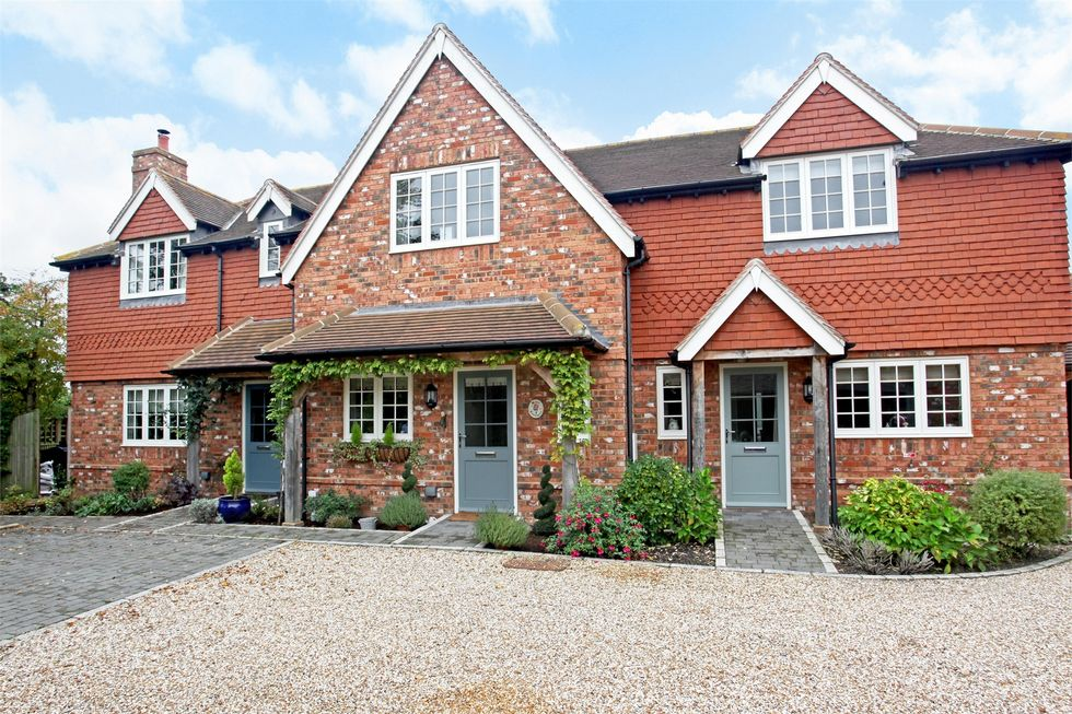Rose Cottages - New Forest - Hampshire